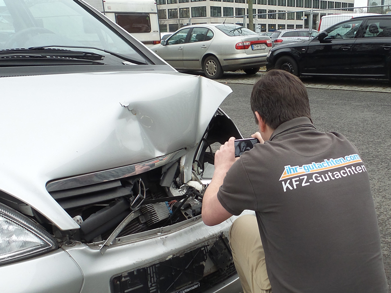 Kfz Gutachten Mercedes