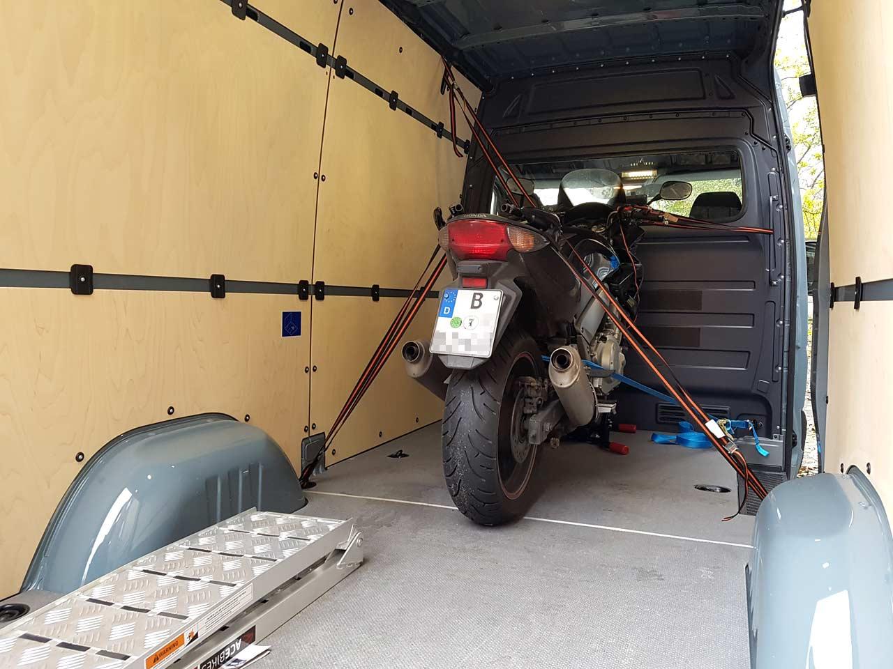 Motorrad-Gutachter Honda